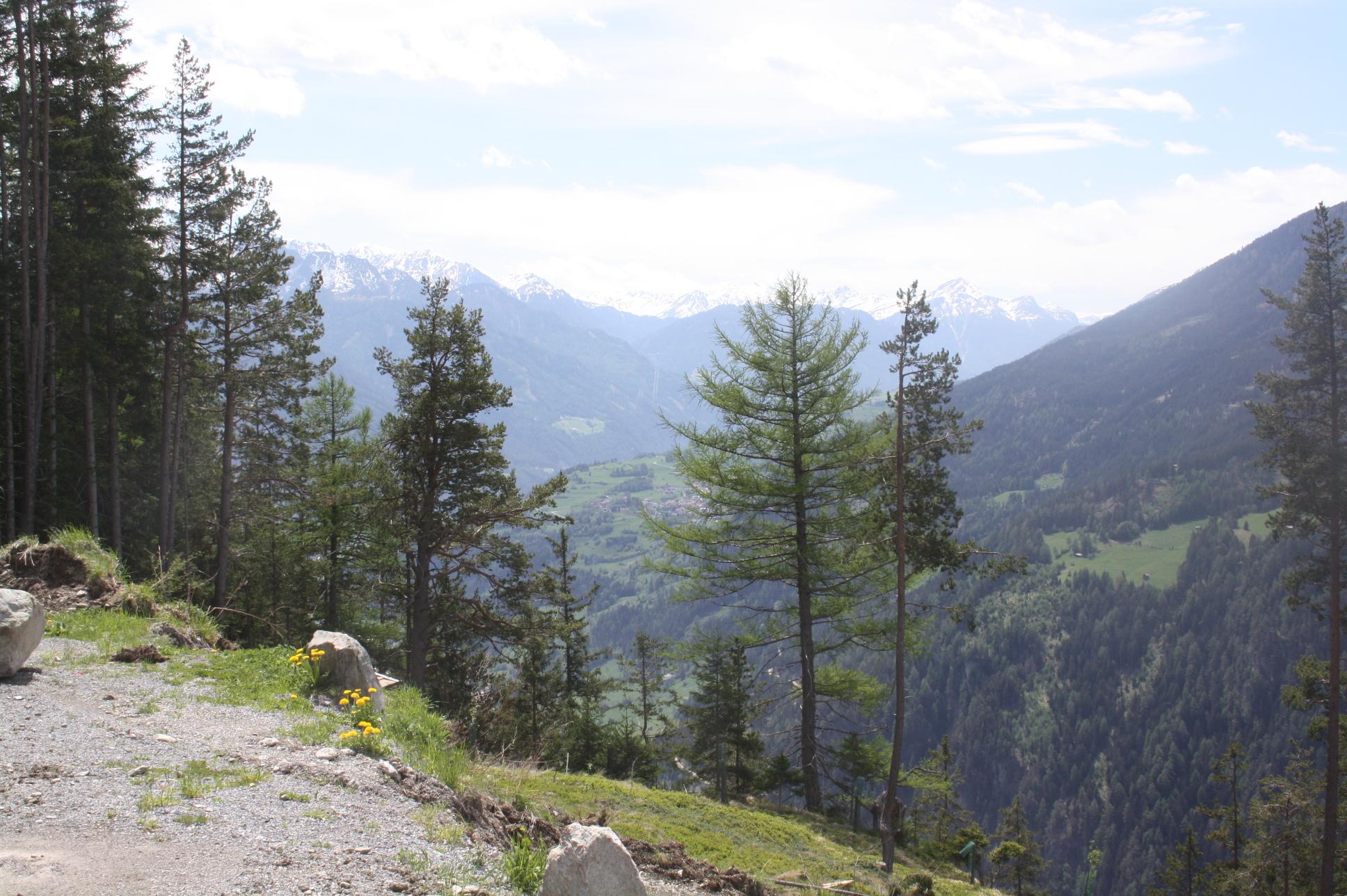 Blick auf das Inntal bei Landeck