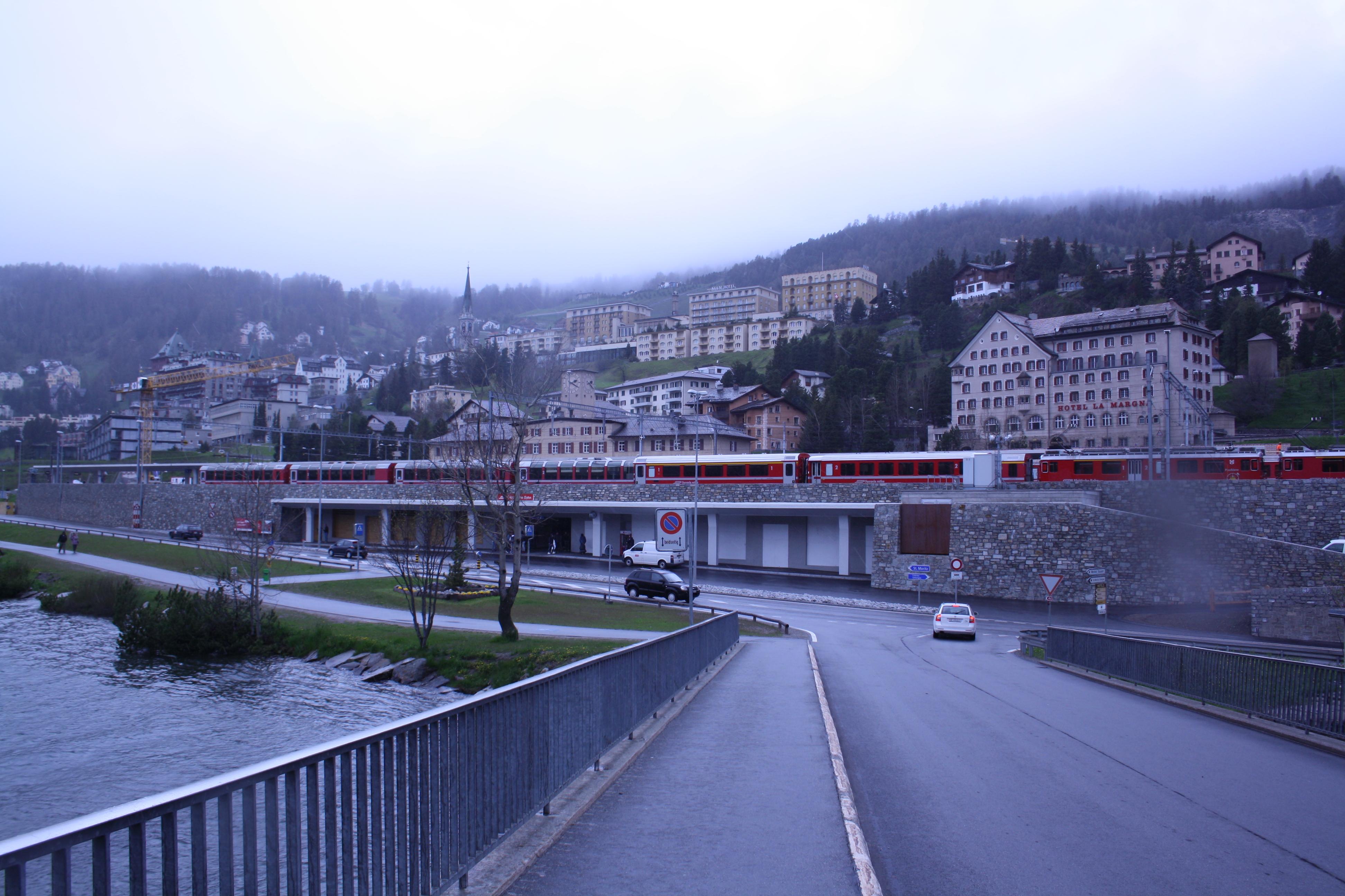 Bahnhof von St. Moritz