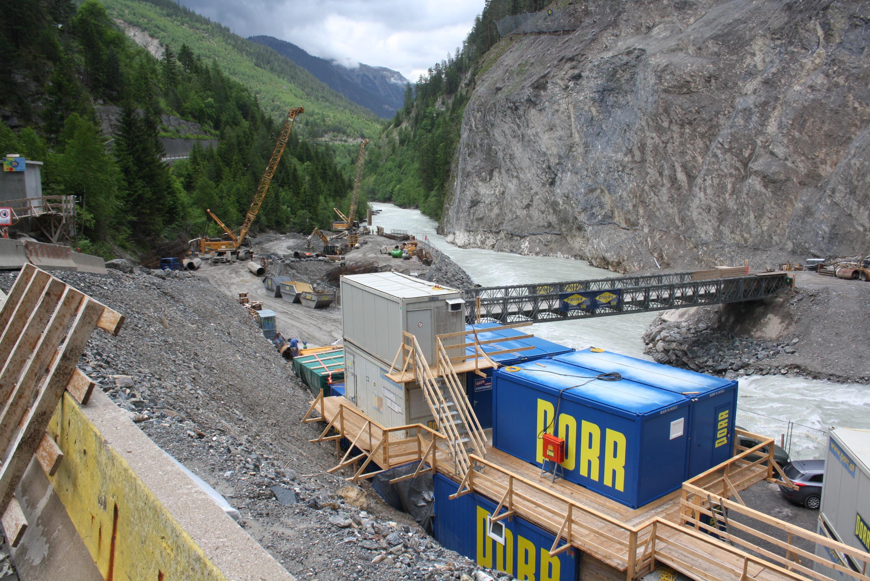 Bau am Inntalradweg zwischen der Schweiz und Österreich
